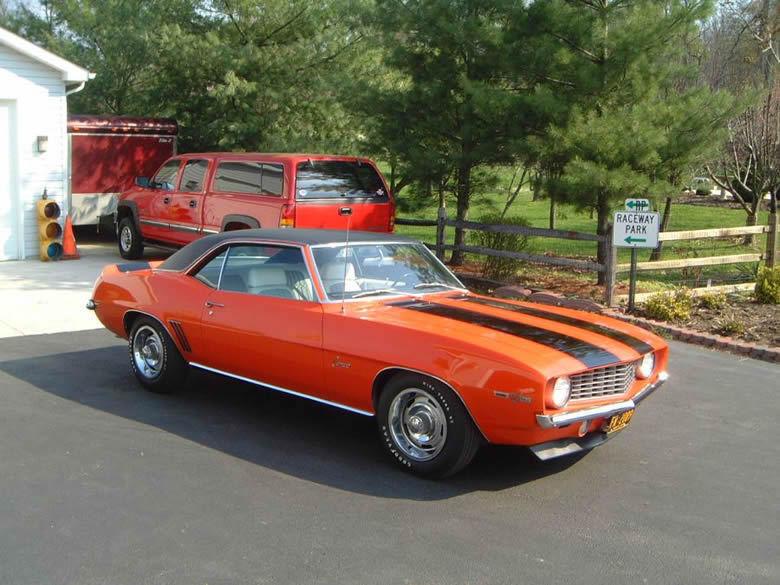 Steve's Hugger orange 1969 Z/28 Camaro